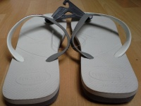 Havaianas White-grey casual LAST PAIR Size 41-42